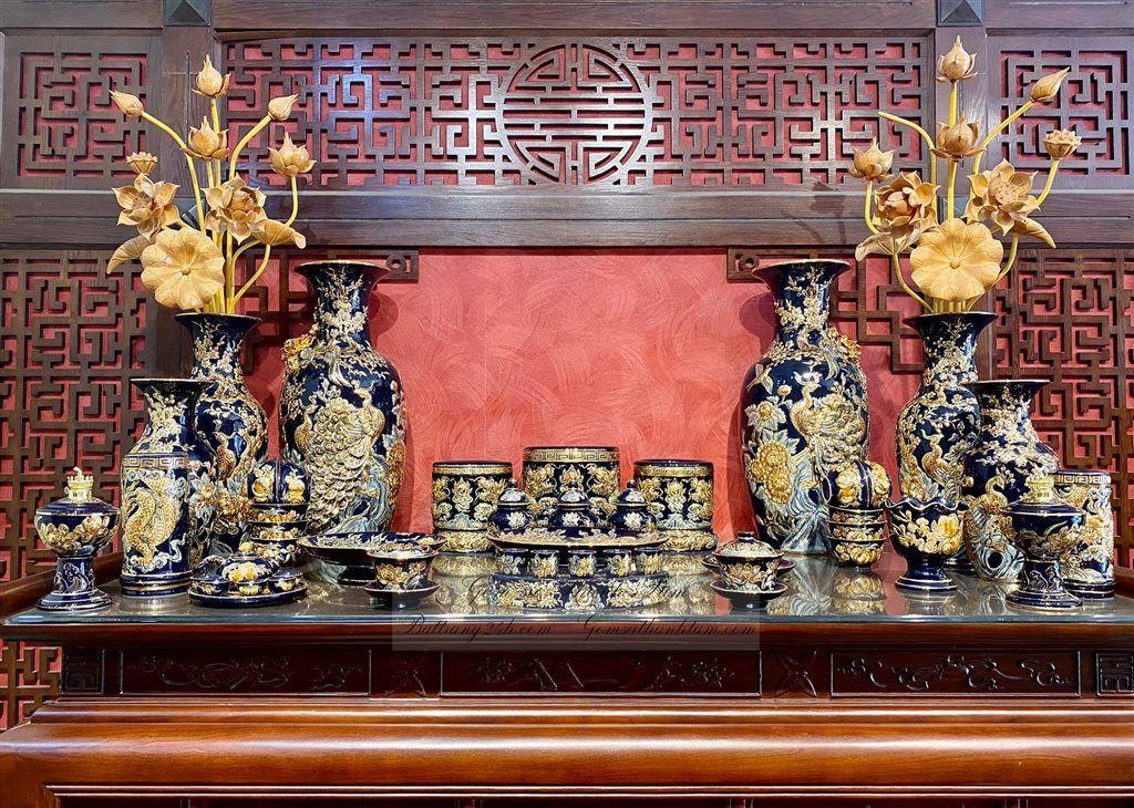 Bộ ban thờ cúng mạ vàng kim màu xanh đậm gốm sứ Bát Tràng đẳng cấp, chất lượng